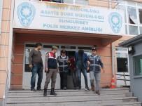 SABIKA KAYDI - Telefon Dolandırıcıları Yol Kontrolünde Yakalandı