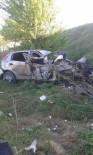 BALLıK - Afyonkarahisar'da Trafik Kazası Açıklaması 3 Ölü, 2 Yaralı