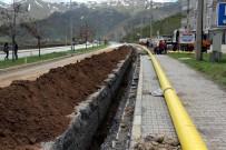 DOĞALGAZ HATTI - Bitlis'te Doğalgaz Çalışmaları Devam Ediyor