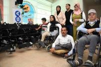 AKÜLÜ SANDALYE - Büyükşehir Belediyesi'nden Engellilere 50 Akülü Araç