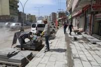 Cizre Belediyesi Kaldırım Yenileme Ve Genişletme Çalışması Başlattı