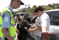 SEVINDIK - Engelli Çocuklar Polis Oldu, Uygulama Yaptı