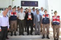 TAKSİ ŞOFÖRÜ - Fethiye'de Jandarmadan Yılın Şoförüne Ödül