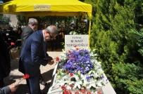 GÜLSAN SENTETIK DOKUMA - GSO Kurucu Meclis Başkanı Sanayici Merhum Naci Topçuoğlu Mezarı Başında Dualarla Anıldı