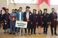 KARABÜK ÜNİVERSİTESİ - KBÜ Eskipazar MYO 6 Programdan 500'E Yakın Öğrenci Mezun Verdi