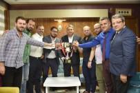 KUPA TÖRENİ - Kupa Sevincini Başkan Çerçi'yle Paylaştılar