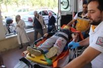 KARAKÖPRÜ - Otomobil Şarampole Uçtu Açıklaması 1'İ Ağır 2 Yaralı