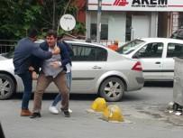 KIZ MESELESİ - Mecidiyeköy'de Sokak Ortasında Tekme Ve Tokatlı Kavga
