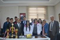 ÇOCUK YUVASI - Şampiyon Çocuklar Vali Yardımcısı Özer'i Ziyaret Etti