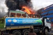Mobilya fabrikası cayır cayır yandı