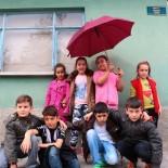FOTOĞRAFÇILIK - 11 Yaşındaki 8 Çocuğun Çektiği Yaşam Fotoğrafları Sergilendi