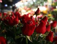 KIRMIZI GÜL - 'Anneler Günü' çiçek satışlarını patlattı