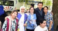 SABAH KAHVALTISI - Başkan Yazıcı Ve Eşi, Engellilerle Bir Kez Daha Tek Yürek Oldu