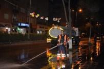 SARAYCıK - Bozüyük Belediyesi Ekipleri Caddeleri Yıkayarak Temizliyor