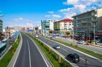 KAYAHAN - Büyükşehir Yaklaşık Bin 500 Ağaç Dikti