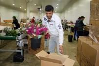 İHRACATÇILAR - Çiçekçilerin Gözü Süpermarketlerde
