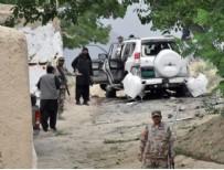 BOMBALI ARAÇ - Pakistan'da bomba yüklü araçla saldırı! En az 25 ölü...