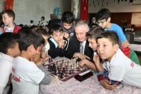 EYÜP BELEDİYESİ - Haliç'te Satranç Rüzgarı Esti