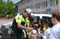UZMAN JANDARMA - Kula'da Öğrencilere Uygulamalı Trafik Dersi