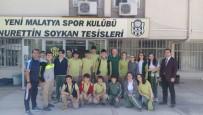 İRFAN BUZ - Öğrencilerden, Evkur Yeni Malatyaspor Futbolcularına Moral Ziyareti