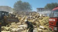KONUKLU - Şanlıurfa'da Saman Yığını Alev Aldı