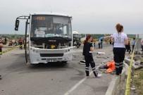 MİNİBÜS ŞOFÖRÜ - Korkunç kaza: 2 ölü (Kaza yerinden görüntüler)