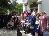 BENNUR KARABURUN - 63 Anne Çocukları İle Birlikte Hayme Ana'yı Ziyaret Etti