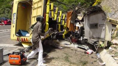 Muğla'daki Kazada Ölü Sayısı 20'Ye Yükseldi