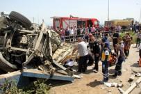 BAYRAM ÖZTÜRK - TIR çekicisi içerisine sıkışan sürücü 1.5 saat sonra kurtarıldı