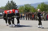 ŞERAFETTIN ELÇI - Şırnak Şehidi Törenle İstanbul'a Uğurlandı