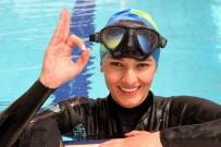 BEDEN EĞİTİMİ ÖĞRETMENİ - Su Atında Yürüme Rekoru Kırmaya Hazırlanıyor