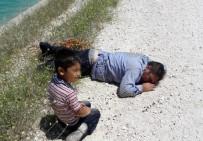 OSMAN BEY - Sulama Kanalında Boğulma Tehlikesi Geçiren Baba Ve Oğlunu Vatandaş Kurtardı