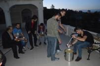 TÜGVA'dan Sabah Namazında Çorba Ve Simit İkramı