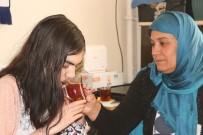 AKRABA EVLİLİĞİ - Ağrı'da Suriye'li Üvey Anne 3 Engelli Çocuğa Bakıyor
