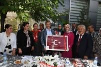 MEHMET TAHMAZOĞLU - Belediye Başkanı Tahmazoğlu'ndan Şehit Ve Gazi Annelerine Ziyaret