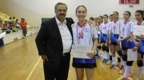 Burhaniye'de Hentbol Türkiye Şampiyonası Sona Erdi