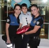 TOPLUM DESTEKLI POLISLIK - Çocuklara Anne Şefkatiyle Yaklaştı, Yılın Polisi Oldu