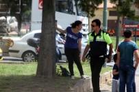 KADINA ŞİDDET - Karısını bıçakladı, taksi şoförünü rehin aldı