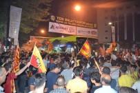 TEZAHÜRAT - Yeni Malatyaspor Şehir Turu Attı