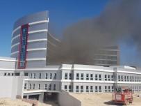 BEYTEPE - Beyşehir'de Hastane İnşaat Alanında Yangın