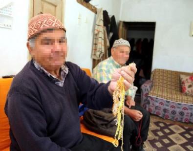 Bu köyde 15 yaşına kadar kadın, sonrasında erkek gibi yaşıyorlar!