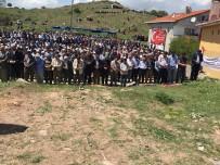 MUHAMMED GÜRBÜZ - Bu Köye Binlerce Kişi 7 Yılda Bir Geliyor