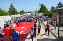 Çadırlar Arasında Gençlik Yürüyüşü Yapıldı
