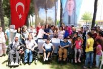 ALTI NOKTA KÖRLER DERNEĞİ - Engelli Annelerinden Başkan Çerçioğlu'na Teşekkür