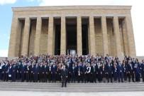 ANıTKABIR - Gençlik Ve Spor Bakanı Kılıç, Anıtkabir'i Ziyaret Etti
