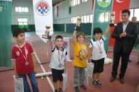 OSMANGAZI BELEDIYESI - Minik Satranççılara Ödül