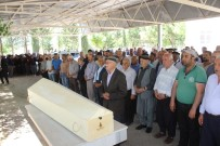 Muğla'daki Feci Kazada Hayatını Kaybeden Kadın Toprağa Verildi