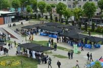İŞ BAŞVURUSU - Öğrenciler Kariyer Fuarı'nda İş Dünyasıyla Buluştu