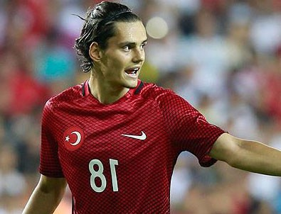 Twente'de sezonun en iyi oyuncusu Enes Ünal