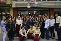 AHMET ATAÇ - Başkan Ataç, Anneler Tiyatro Topluluğu İle Buluştu